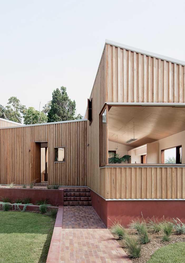 Casa de campo de madeira para um projeto sustentável