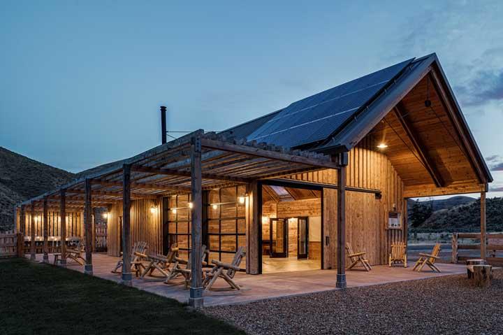 Casa de campo com jardim de pedras