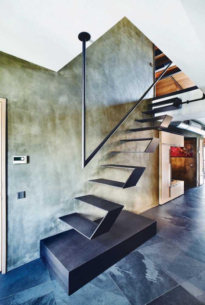 Olha que ideia mais criativa de escada de ferro 5 degraus.
