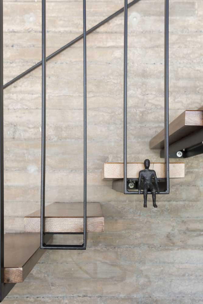 Agora não adianta fazer uma bela escada se não decorar com estilo.