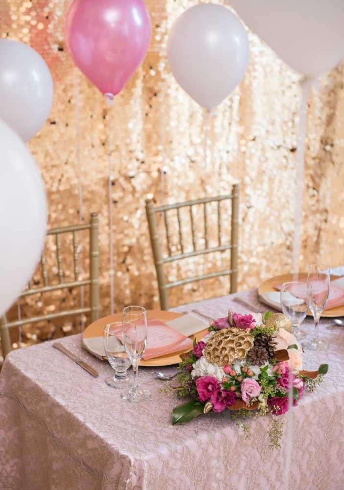 O que acha de fazer uma festa surpresa no restaurante preferido da pessoa que você ama?