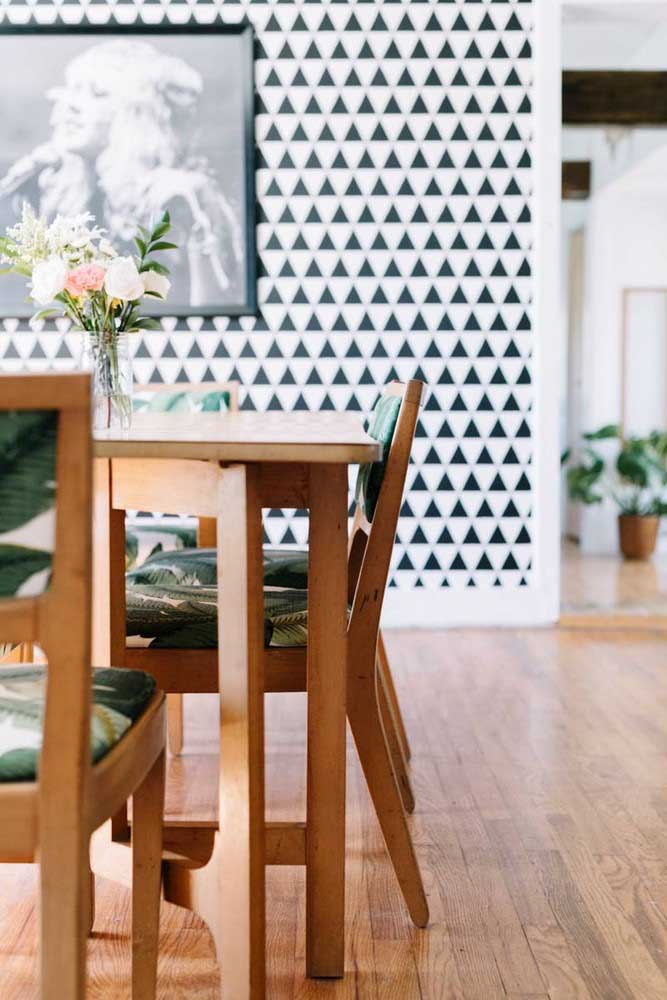 Você sabia que existe papel de parede 3d para sala de jantar?