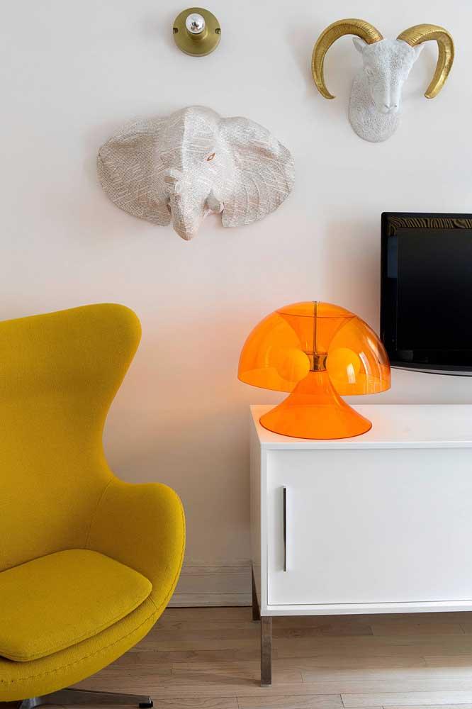 Mais uma opção de poltrona colorida para colocar na sua casa
