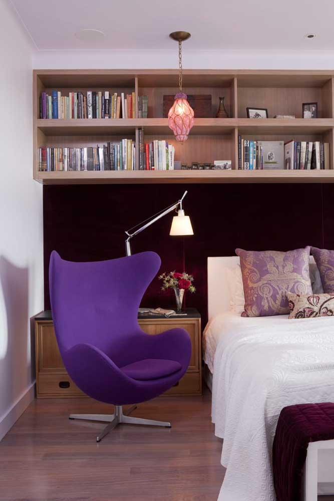 Você gostaria de ter uma poltrona egg colorida no seu quarto?