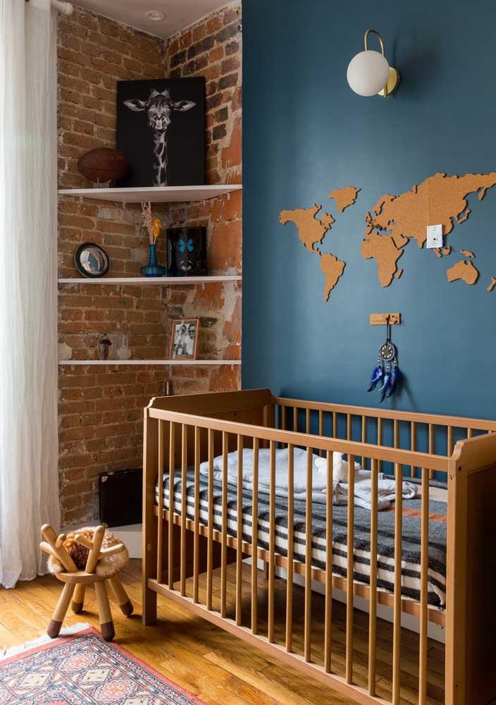Se inspire em suas viagens para decorar o quarto de bebê masculino.