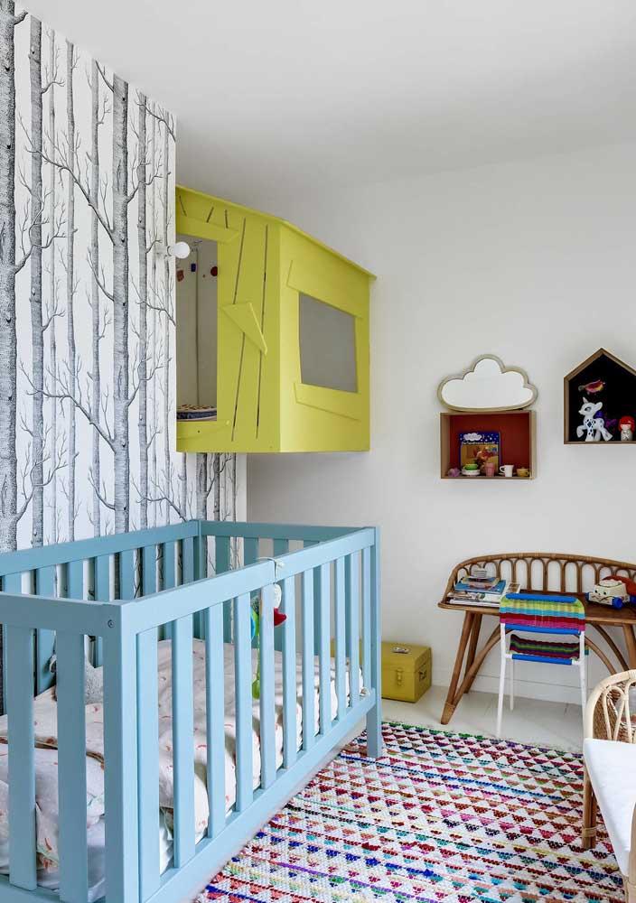 Você mesmo pode colocar a mão na massa e decorar o quarto de bebê masculino.