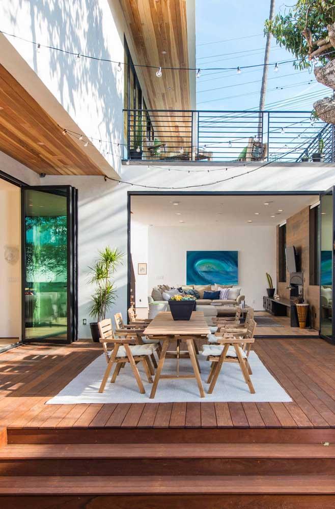 A área de lazer da sua casa pode se transformar no espaço de encontro e degustação.
