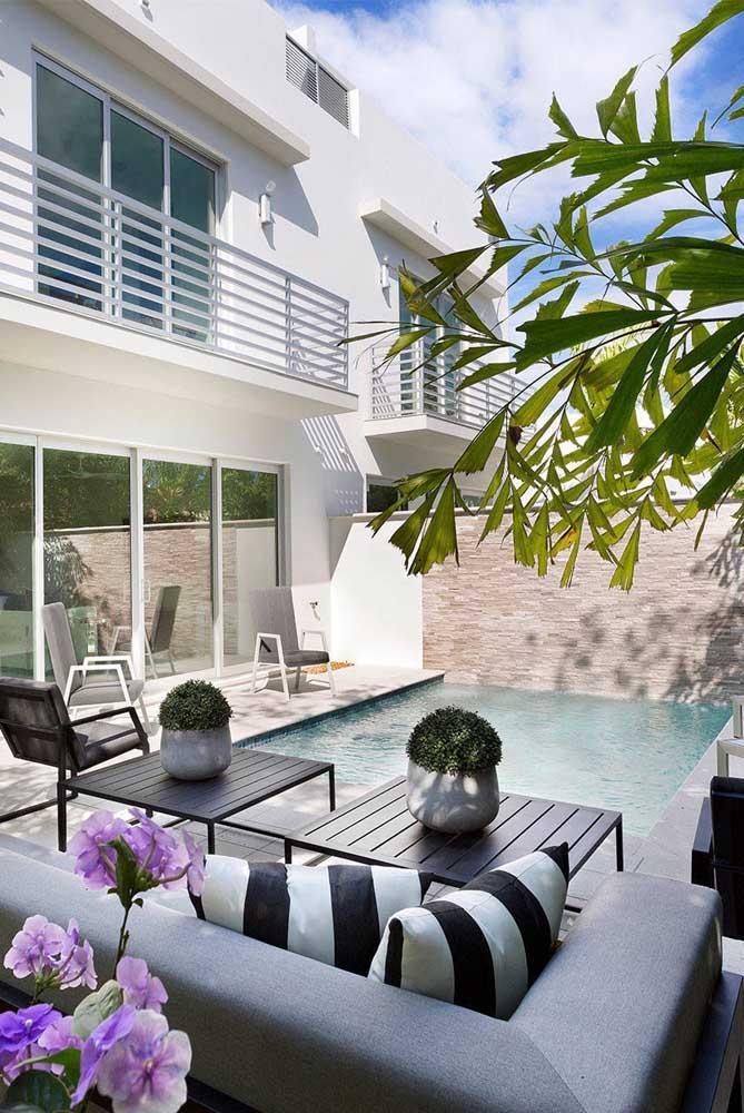 A área de lazer com piscina é a mais comum, pois quem não curte ter uma piscina em casa?