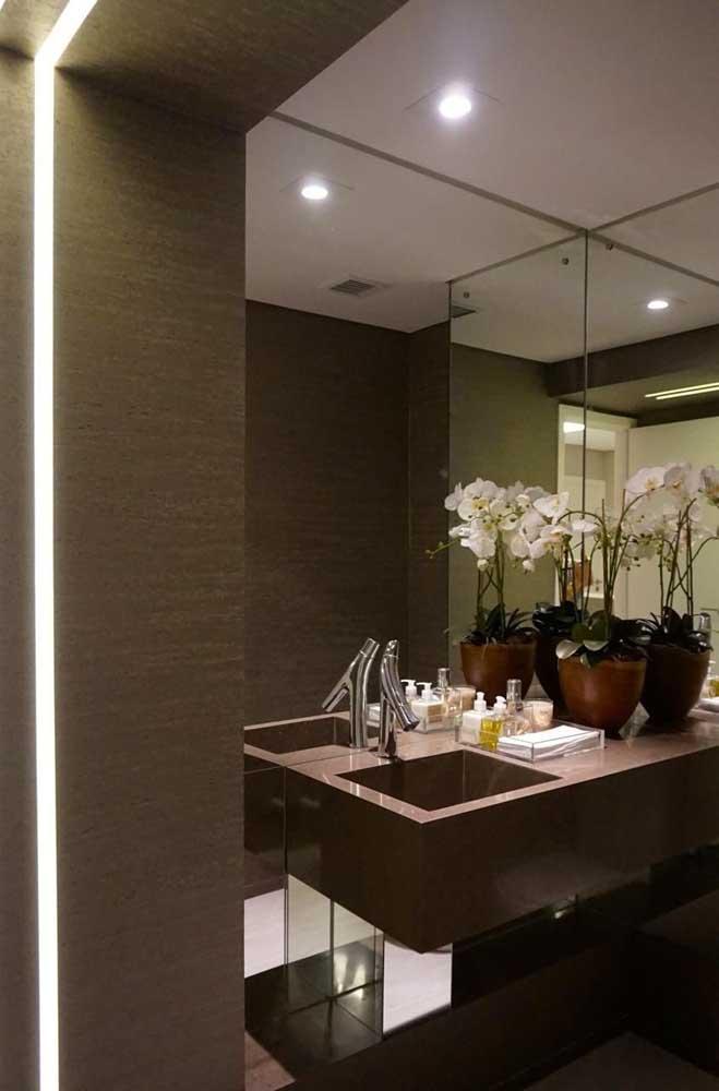 Você já pensou em usar o granito marrom absoluto para decorar a sua casa?