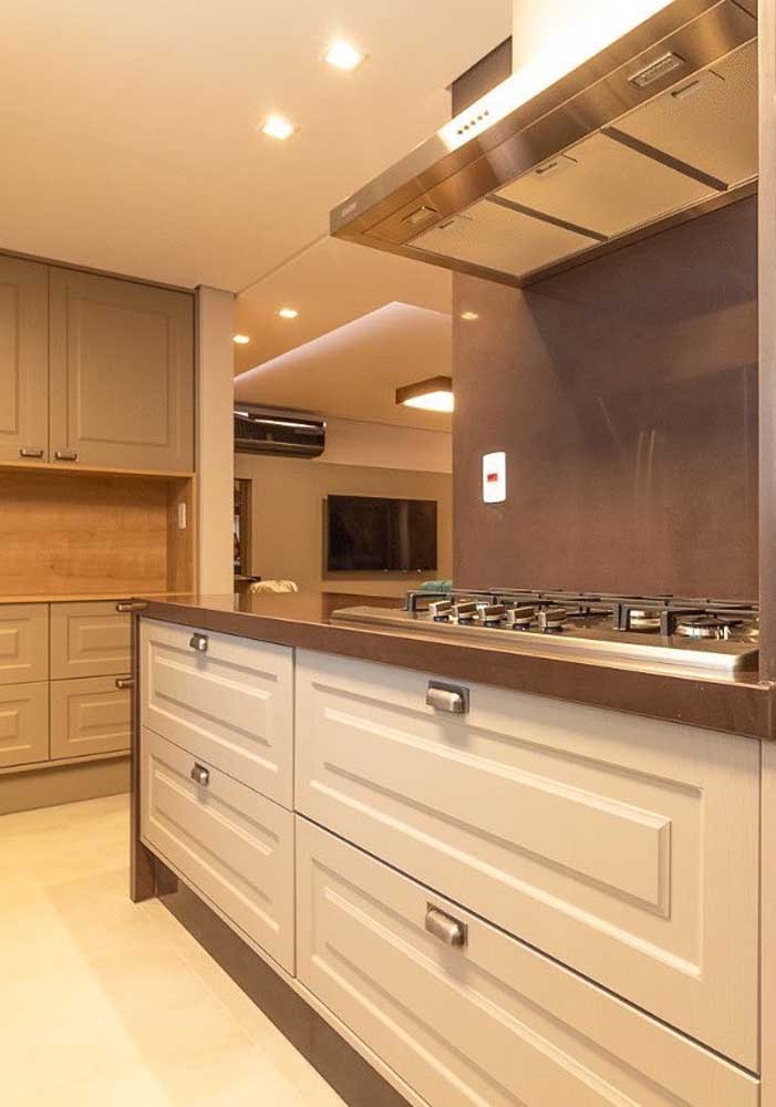 Granito é uma das principais tendências de decoração da cozinha.
