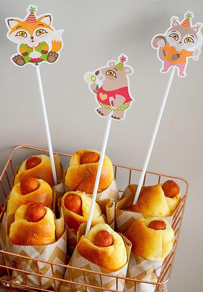 Enroladinhos de salsicha: uma ótima variação ao lanche tradicional, especialmente em festas de criança