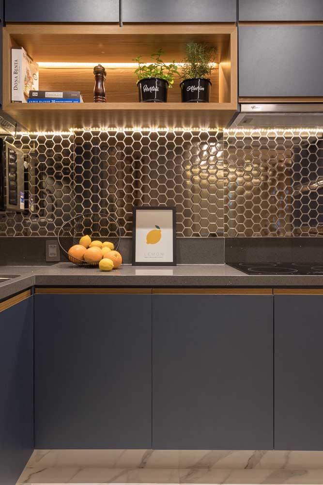 As pastilhas de vidro para cozinha são perfeitas para deixar o ambiente com mais brilho e transparência.
