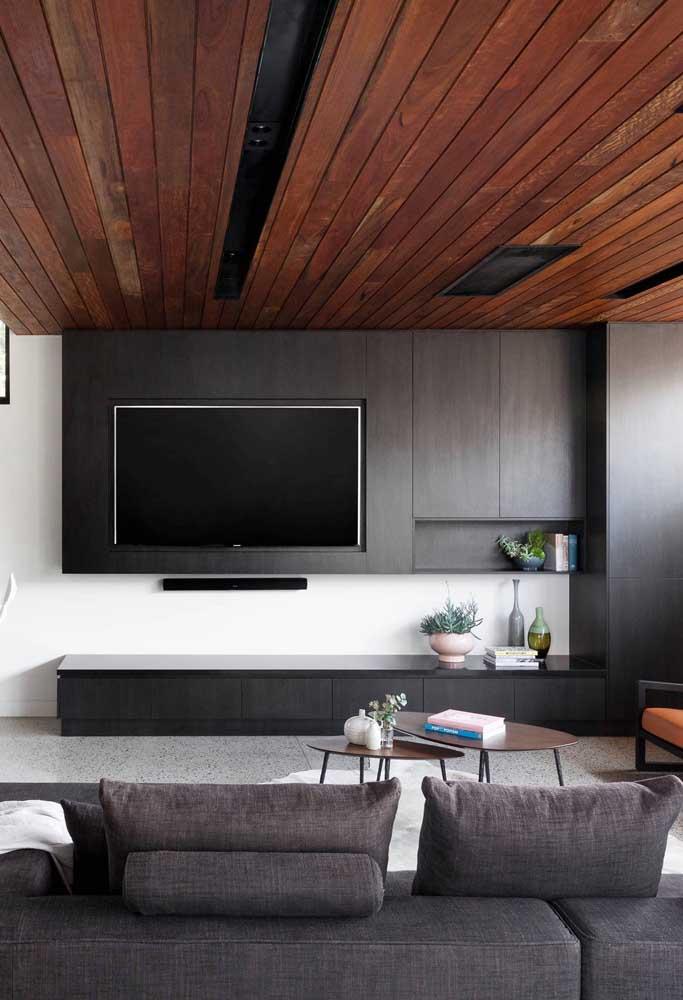 Saiba decorar adequadamente a sala de TV.