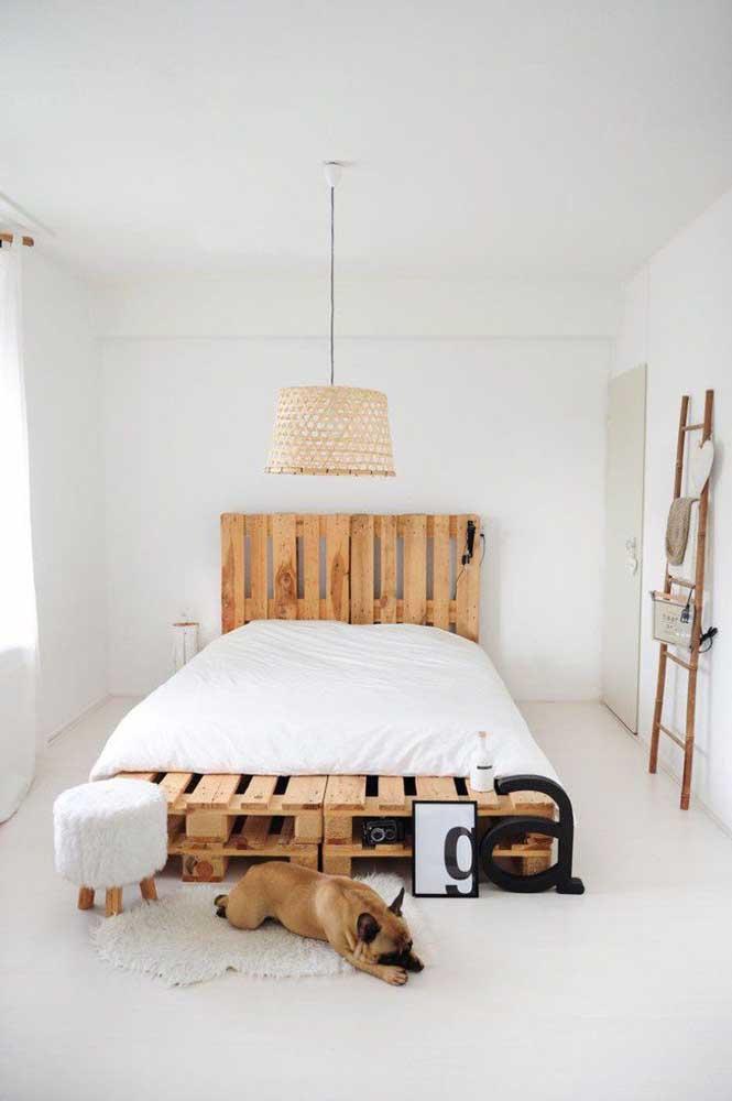 Cabeceira de pallet e estilo escandinavo: uma combinação que dá super certo
