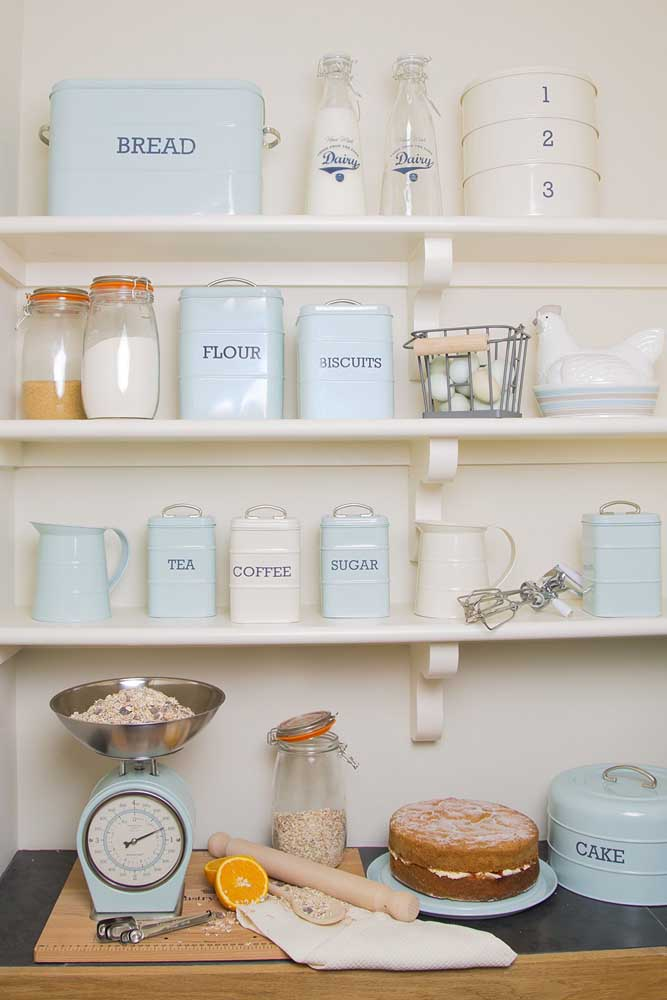 Potes e acessórios vintage para trazer aquele toque de doçura e romantismo para a cozinha