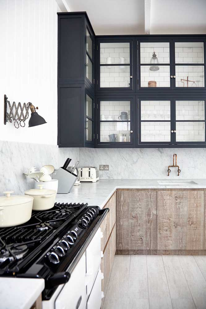 E que tal uma cozinha vintage e minimalista ao mesmo tempo?