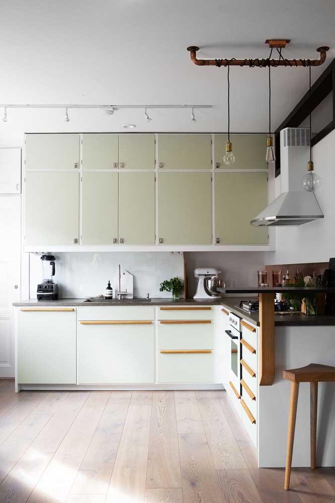 Não se esqueça dos eletros vintage para completar a proposta de decoração da cozinha