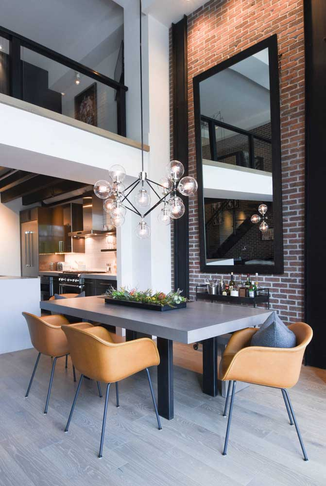 Já escolheu o formato de lustre para decorar a sala de jantar?