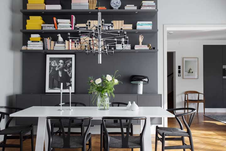Escolha um lustre que combine com o ambiente, mas siga sempre o seu estilo.