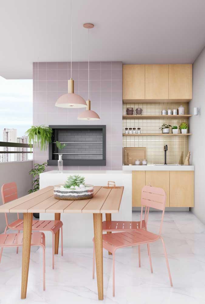 Os móveis planejados são uma boa solução para otimizar o espaço das áreas gourmet pequenas