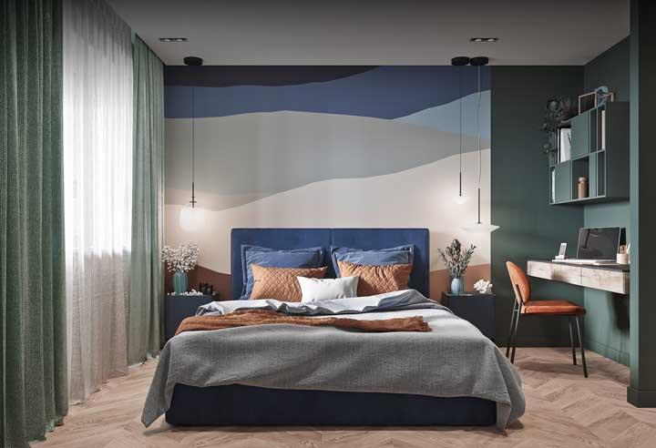 Azul e verde se unem na decoração desse quarto jovem e moderno