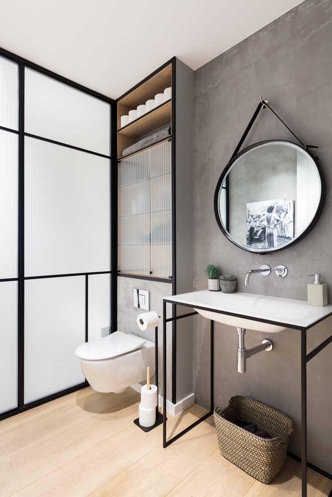 O estilo rústico é uma ótima opção de decoração para quem deseja ter um banheiro simples.