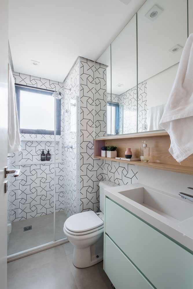 Faça uma decoração diferente em cada área do banheiro para deixar o ambiente com a sua cara.