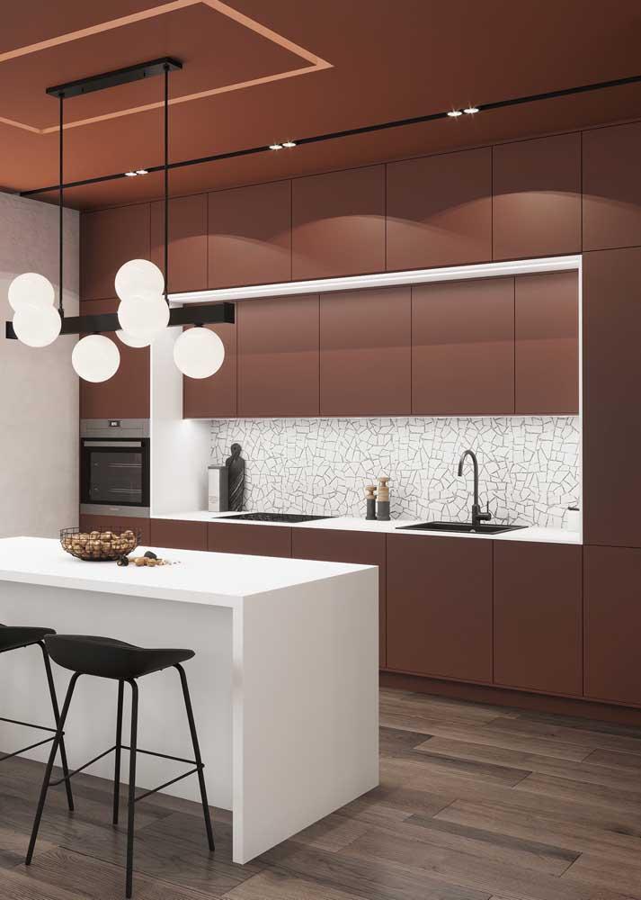 Cozinha monocromática marrom: ideal para quem busca ambientes sólidos e seguros