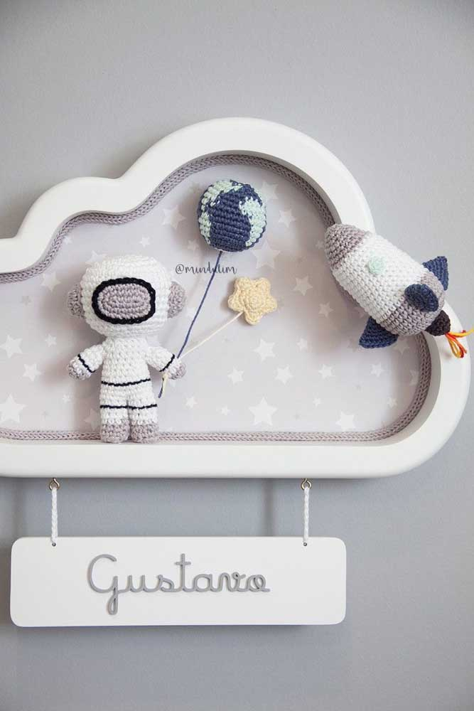 Nicho para quarto de bebê com formato de nuvem. Lindo de viver!