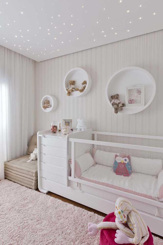 Nichos redondos para o quarto de bebê menina