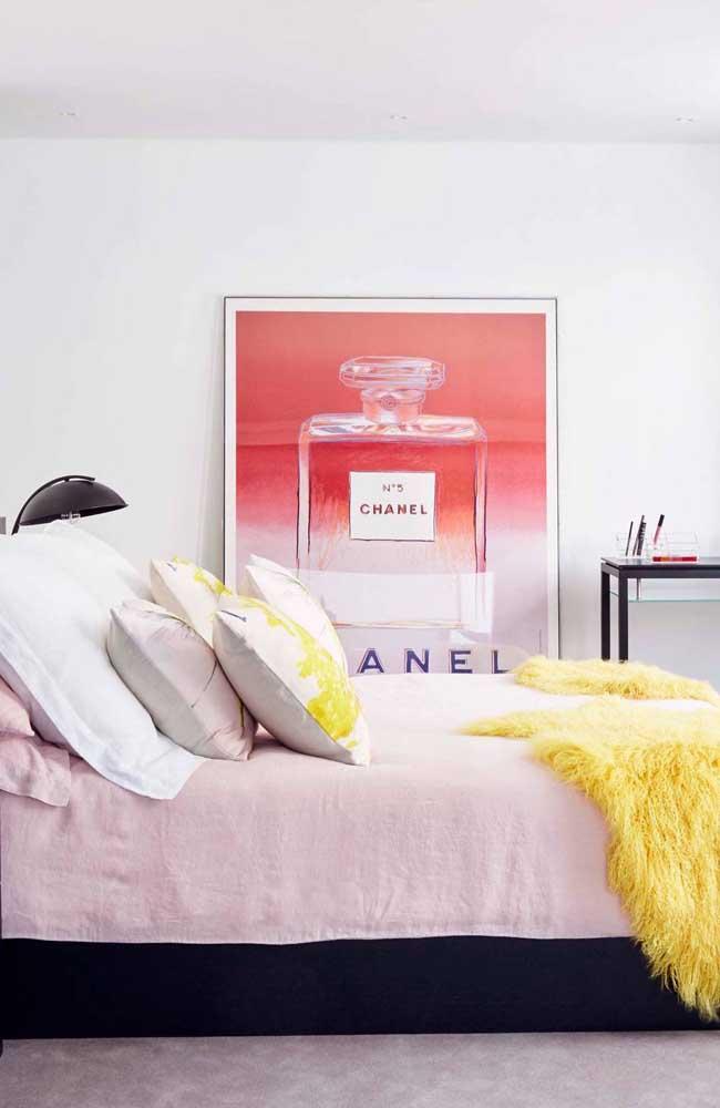 E por falar em clássicos: um quadro vintage Chanel