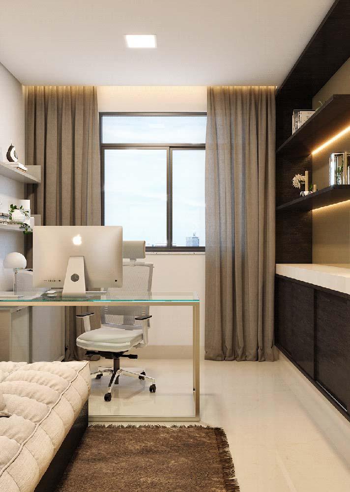 A elegância da mesa de vidro. Perfeita para quem deseja um escritório clean e moderno