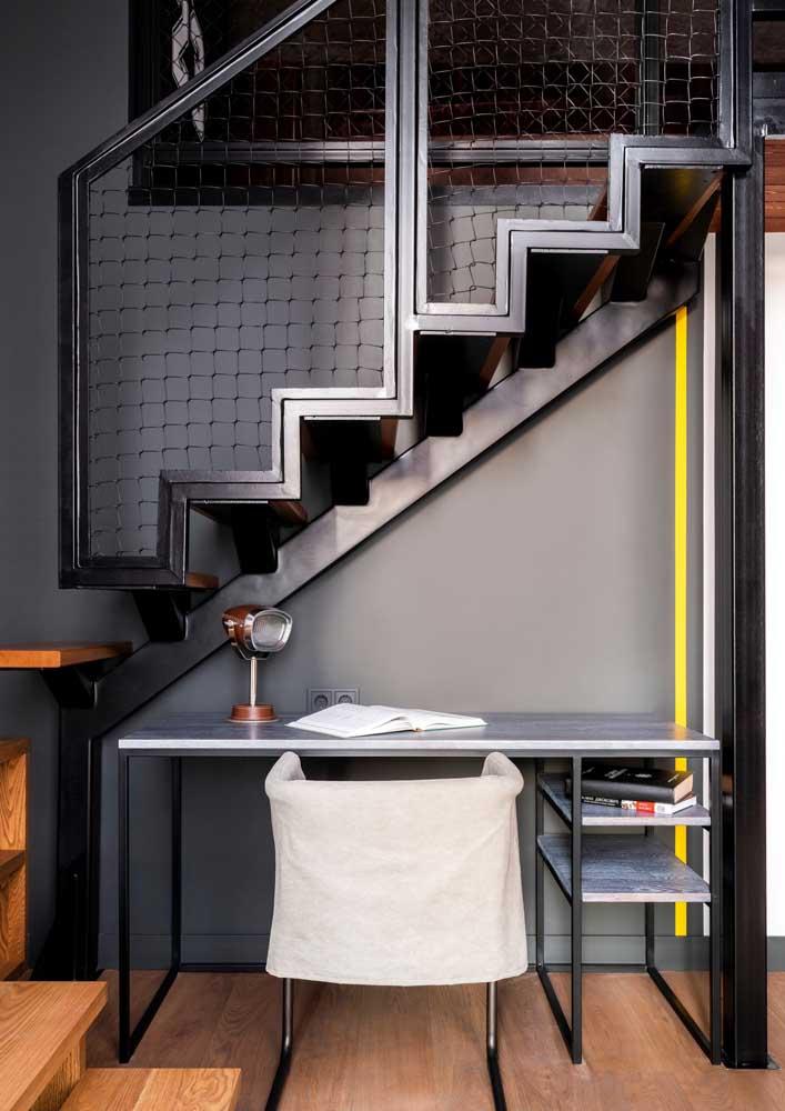Pequenininho, perfeito para ficar embaixo da escada