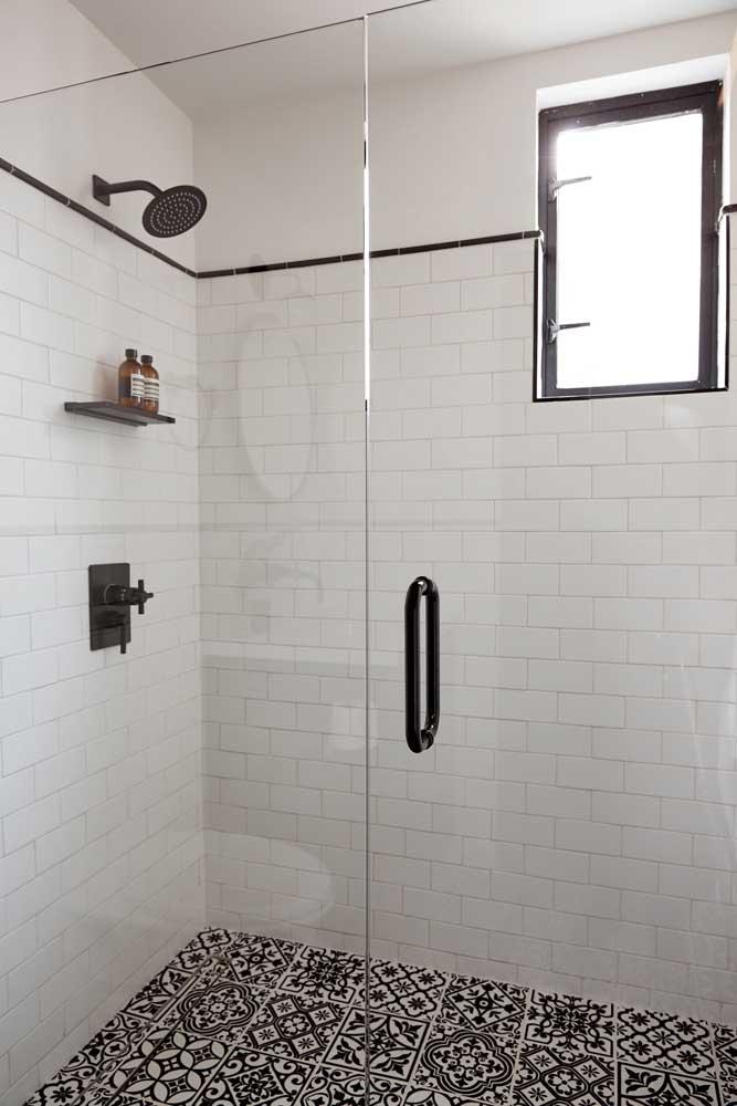 Azulejo com toque vintage para o banheiro moderno