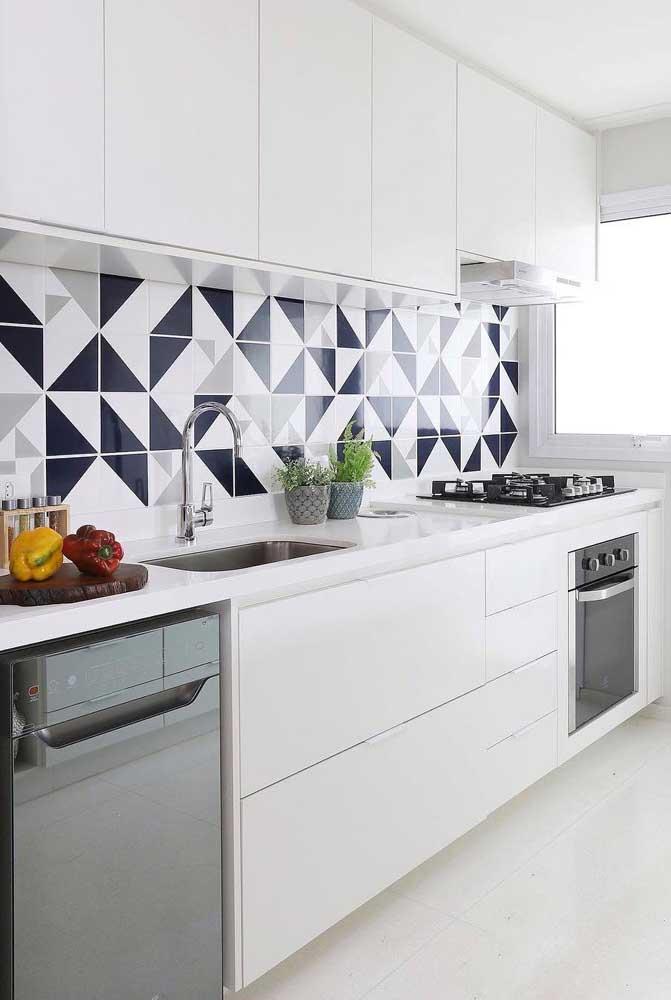 As formas geométricas também são sempre uma ótima opção de azulejo para cozinha