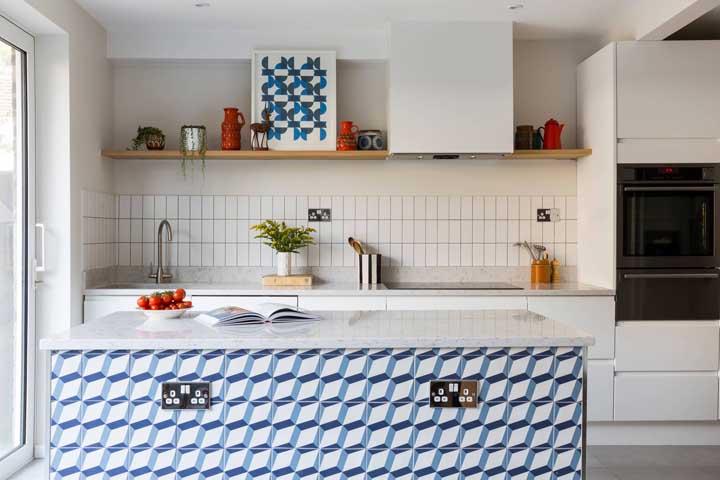 Aposte em rejuntes de cores diferentes do azulejo para sair da monotonia e do padrão