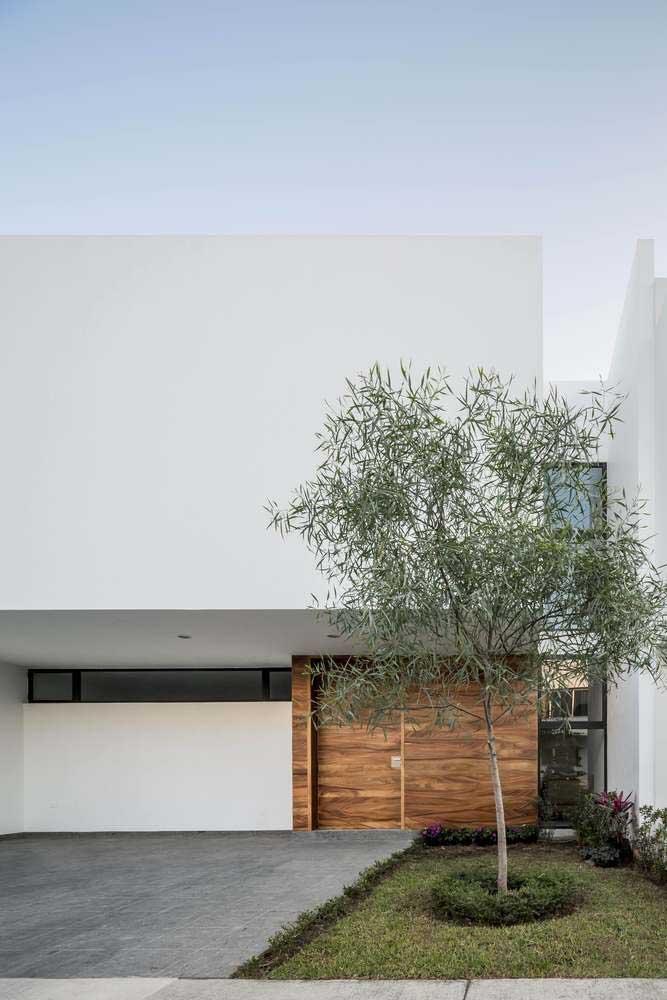 A platibanda é um recurso muito comum na fachada de casas modernas