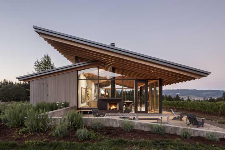 Casa moderna com vista para a montanha. Quer mais o quê da vida?