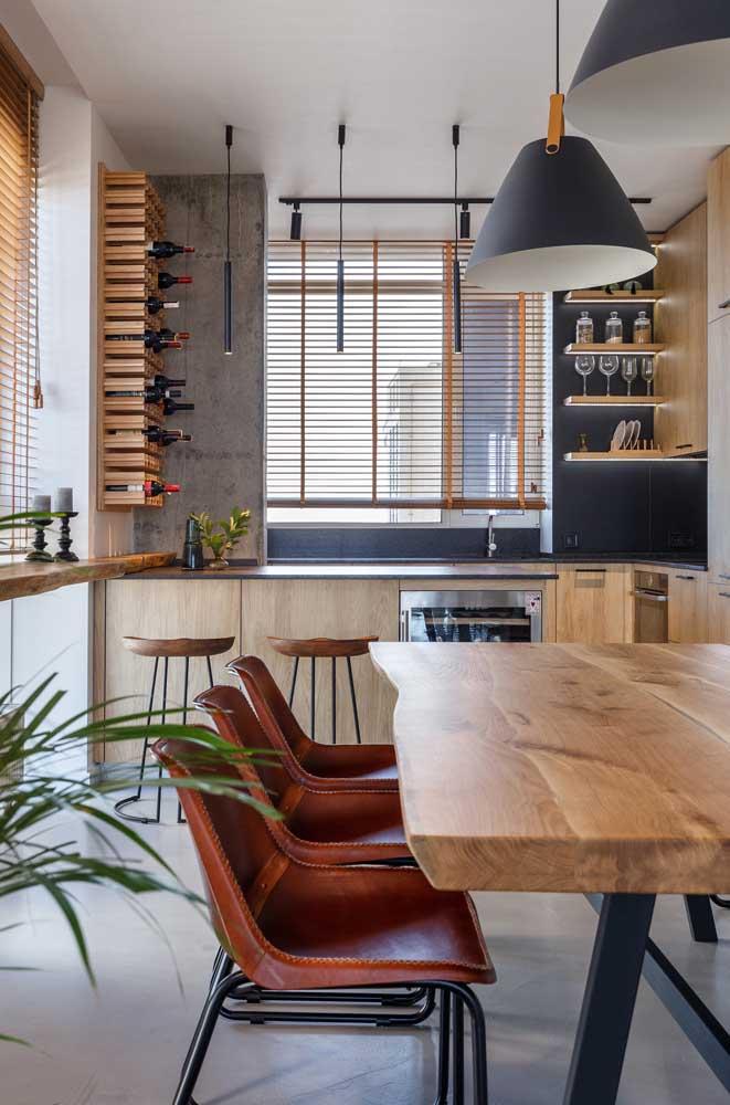 Cozinha moderna combinada com elementos rústicos