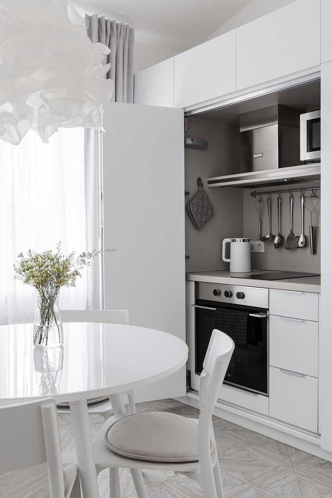 Que tal uma cozinha planejada que pode ficar escondida quando você quiser?