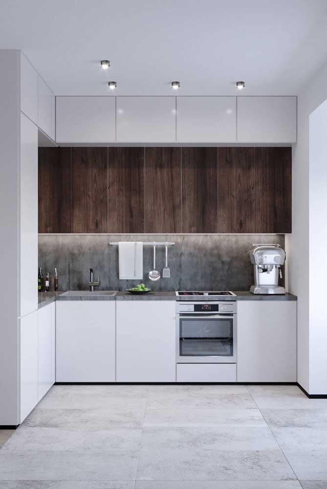 Cozinha planejada pequena em L para apartamento pequeno. Melhor distribuição dos armários