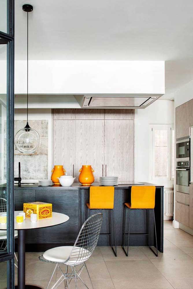 Pontos de cor e luz com o laranja!