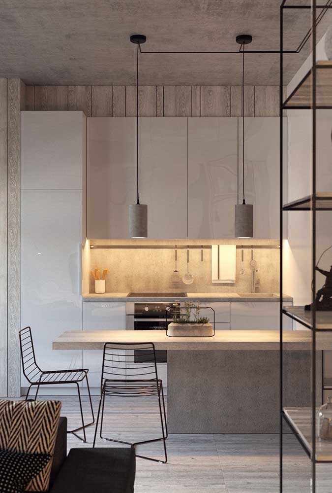 Luz indireta para valorizar o design da cozinha planejada