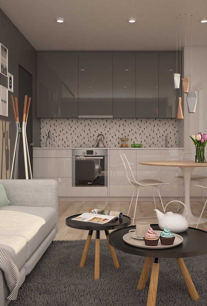 Cozinha planejada para apartamento pequeno em linha