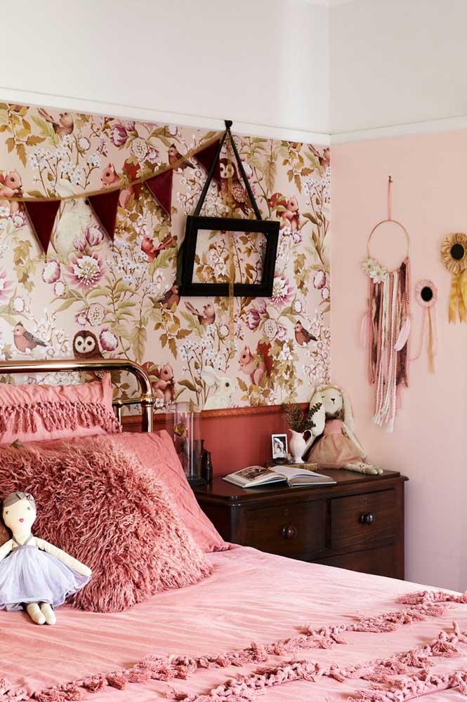 Decoração rústica colorida para o quarto juvenil