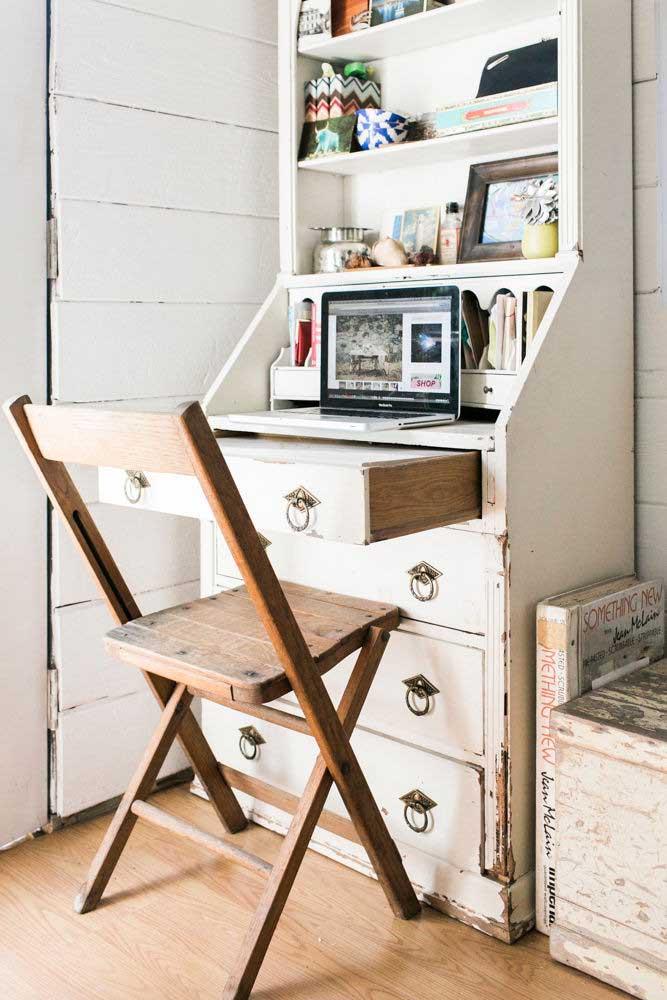 Home office em estilo rústico provençal