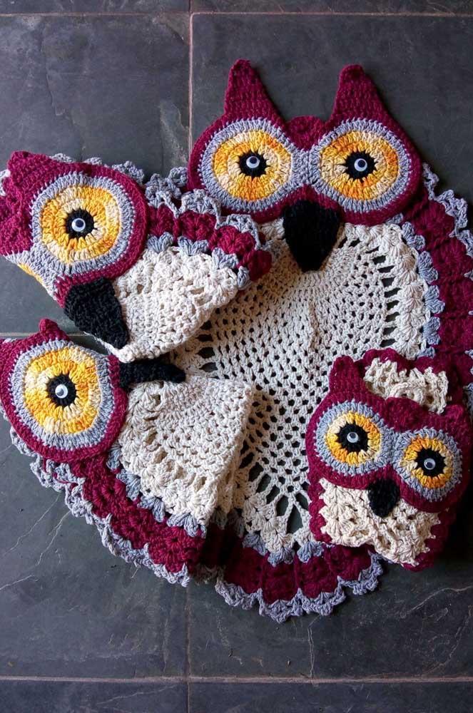 Jogo de banheiro de coruja em crochê com quatro peças
