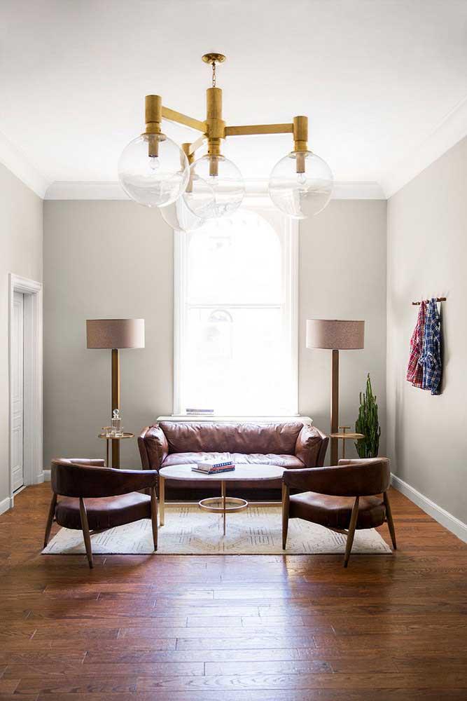 Par de luminárias de chão para decorar e oferecer a luminosidade ideal para o ambiente
