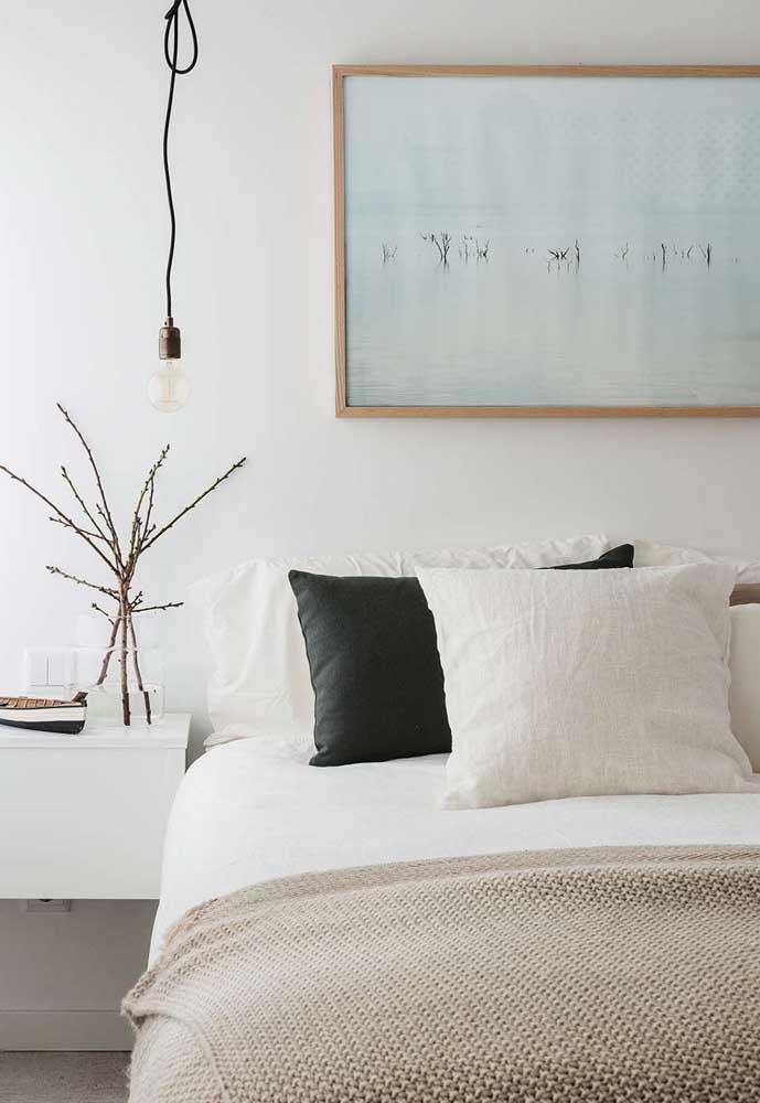 Quadro para quarto de casal combinando com o estilo do ambiente: neutro, moderno e minimalista