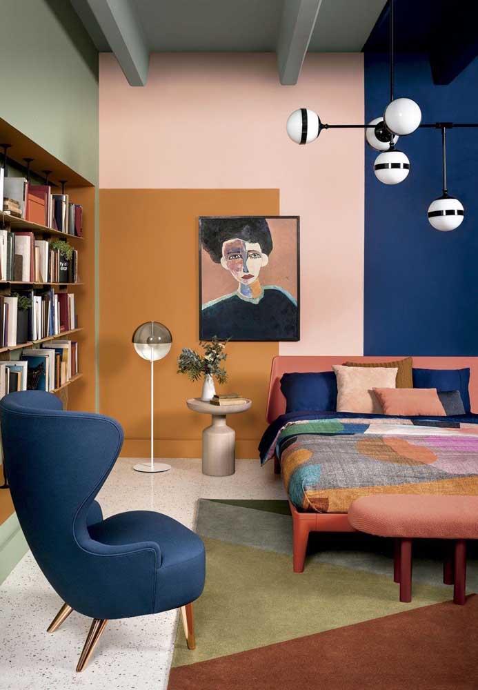 Quadro para quarto de casal que se encaixa perfeitamente na paleta de cores do ambiente